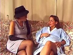 Two pregnant ladies relax on sofa bbw mpegs