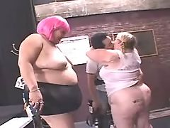 Sensual greasy woman fucked by black dude on bed bbw mpegs