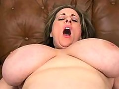 Plump mom w large tits does blowjob bbw mpegs