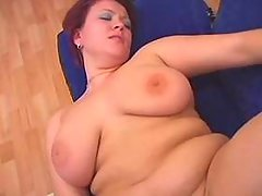 Guy pokes chubby housewife on floor bbw mpegs