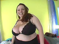 Lusty young BBW spoils horny man