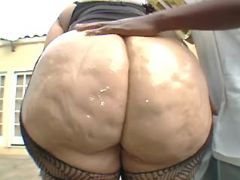Chubby blonde sucks chocolate cock bbw mpegs