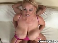Guy hard drills chesty mature lady bbw mpegs