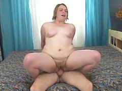 Chubby milf suck cock and rides him bbw mpegs