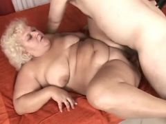Chubby horny mature fucked by guy bbw mpegs