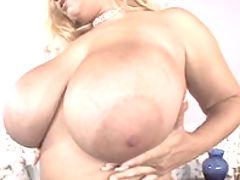 Massive titties Samantha fingers herself bbw mpegs