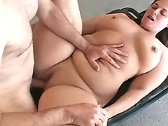 Black dude fucks obese mom in doggy style