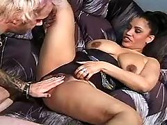 Obese lezzie gives oral pleasure from busty chick bbw mpegs