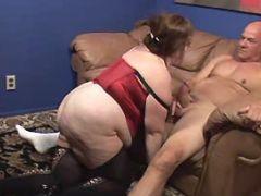 Older chubby slut sucks hard cock