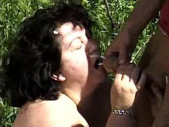 Fat mature gets mouthfull in nature bbw mpegs