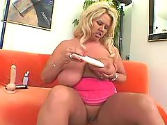 Busty fat blonde enjoys dildo on sofa bbw mpegs