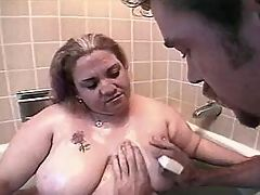 Huge housewife screwed by boyfriend on sofa bbw mpegs