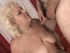 Fat mature gets cum on tits in bed bbw mpegs